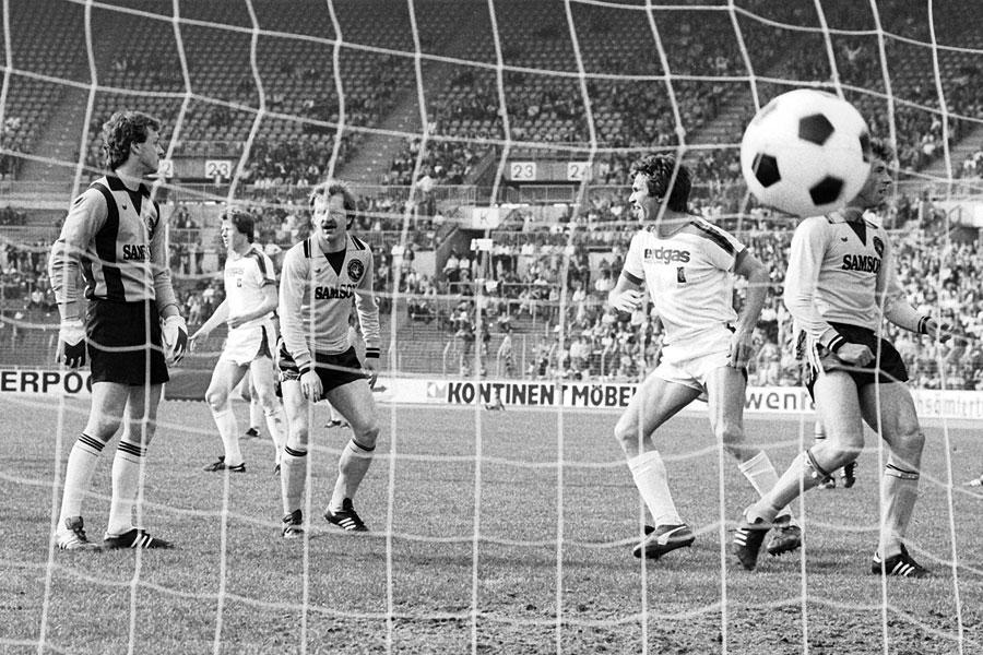 Гладбах - Дортмунд 12:0